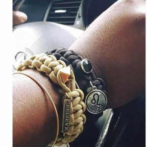 Bead closure bracelet